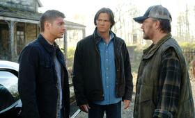 Staffel 3 mit Jensen Ackles, Jared Padalecki und Jim Beaver - Bild 111