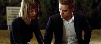 Mia Wasikowska und Robert Pattinson im Thriller Maps to the Stars