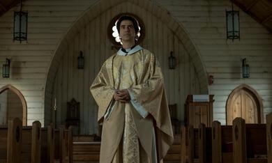 Midnight Mass, Midnight Mass - Staffel 1 mit Hamish Linklater - Bild 9