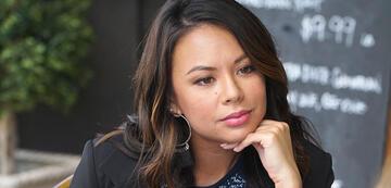 Mona in Pretty Little Liars