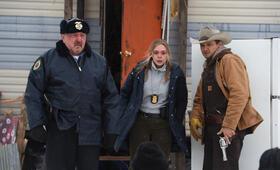 Wind River mit Jeremy Renner, Elizabeth Olsen und Graham Greene - Bild 24
