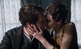 The Current War mit Benedict Cumberbatch und Tuppence Middleton - Bild 40