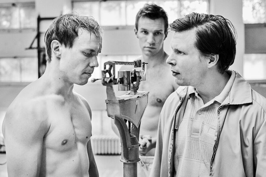 Der glücklichste Tag im Leben des Olli Mäki mit Jarkko Lahti und Eero Milonoff