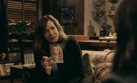 Girl on the Train mit Allison Janney - Bild 2