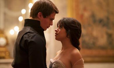 Cinderella mit Nicholas Galitzine und Camila Cabello - Bild 2