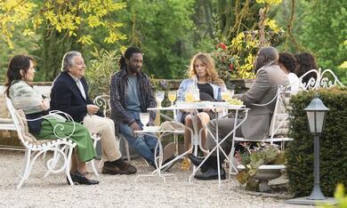 Monsieur Claude und seine Töchter 2  mit Christian Clavier, Elodie Fontan, Pascal N'Zonzi, Noom Diawara und Chantal Lauby - Bild 12