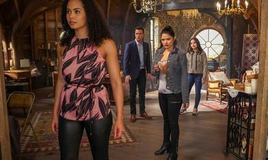 Charmed - Staffel 2 - Bild 9