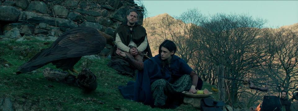 King Arthur: Legend of the Sword mit Charlie Hunnam und Astrid Bergès-Frisbey