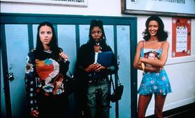 Scary Movie mit Anna Faris, Shannon Elizabeth und Regina Hall - Bild 2