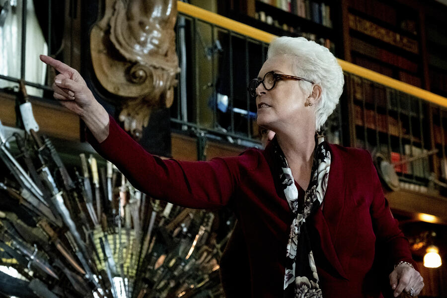 Knives Out mit Jamie Lee Curtis