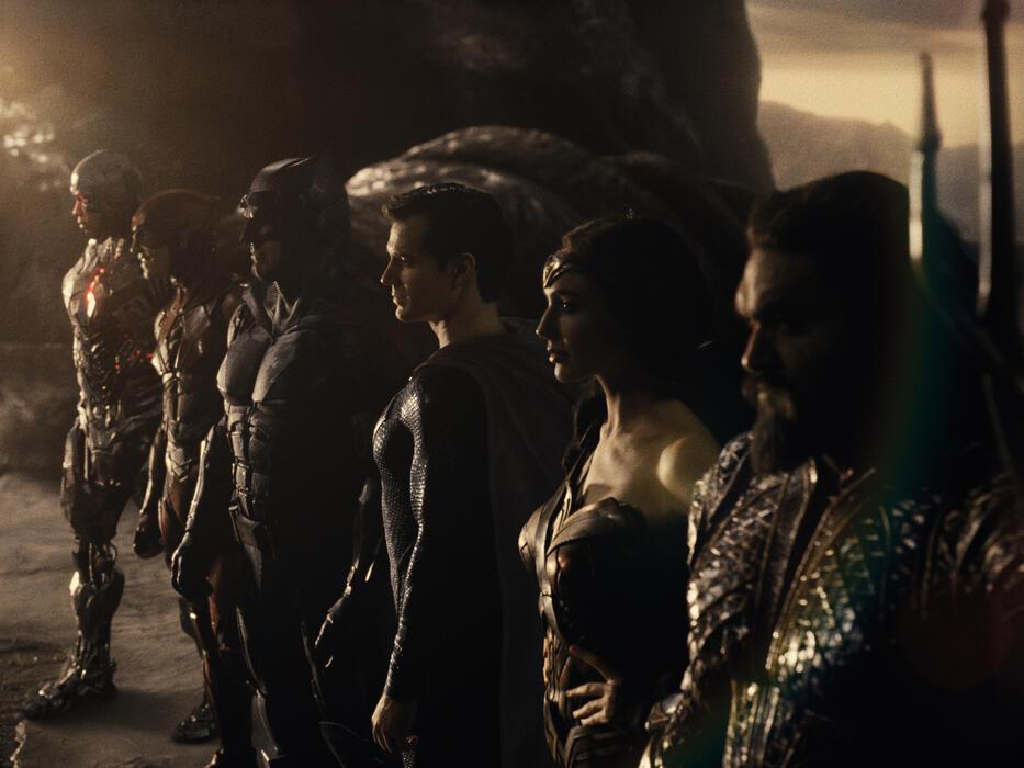 Zack Snyder's Justice League mit Ben Affleck, Gal Gadot, Henry Cavill, Jason Momoa und Ezra Miller