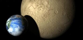 Bild zu:  Planet Melancholia neben der Erde