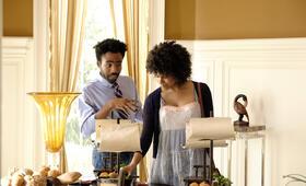 Atlanta Staffel 1, Atlanta mit Donald Glover und Zazie Beetz - Bild 25