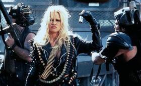 Barb Wire mit Pamela Anderson - Bild 11