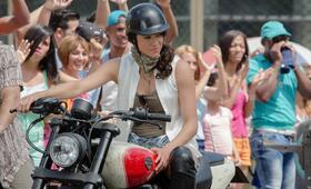 Fast & Furious 8 mit Michelle Rodriguez - Bild 2
