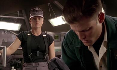 Starship Troopers mit Casper van Dien und Dina Meyer - Bild 9