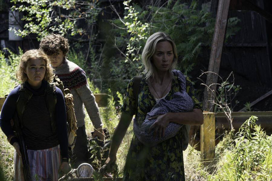 A Quiet Place 2 mit Emily Blunt, Millicent Simmonds und Noah Jupe