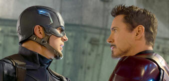 Chris Evans und Robert Downey Jr. in The First Avenger: Civil War