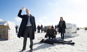 Ostfriesenkiller mit Christiane Paul und Barnaby Metschurat - Bild 13