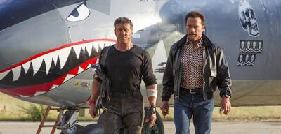 Verbrüdert: Stallone und Schwarzenegger in Expendables 3