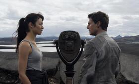 Oblivion mit Tom Cruise und Olga Kurylenko - Bild 1