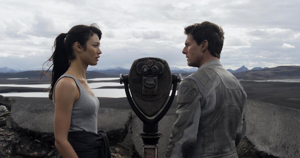 Oblivion mit Tom Cruise und Olga Kurylenko