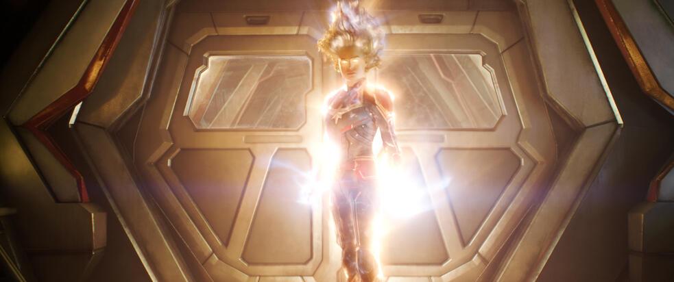 Captain Marvel mit Brie Larson