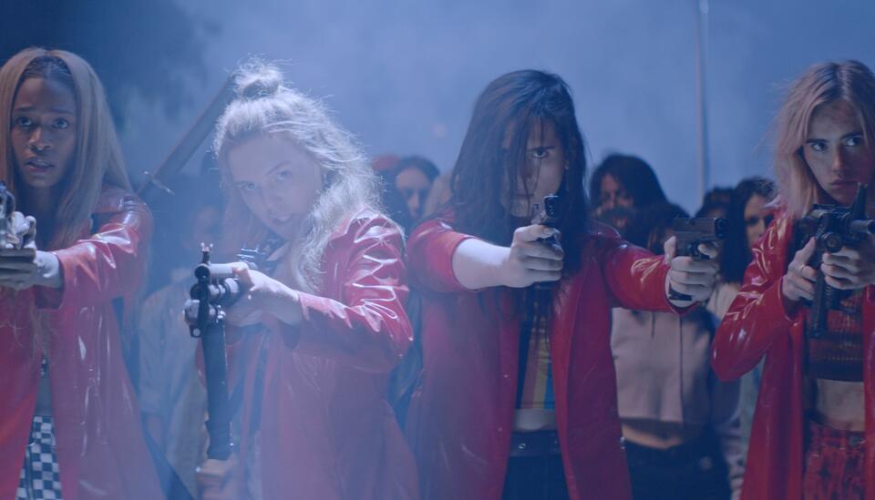 Assassination Nation mit Suki Waterhouse, Odessa Young, Hari Nef und Abra