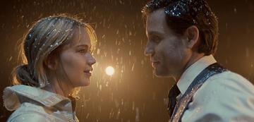 Jennifer Lawrence und Edgar Ramirez in Joy - Alles außer gewöhnlich