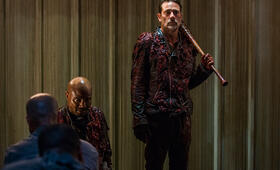 The Walking Dead - Staffel 8, The Walking Dead - Staffel 8 Episode 5 mit Jeffrey Dean Morgan und Seth Gilliam - Bild 9