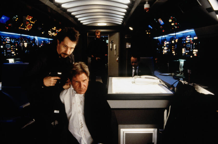 Air Force One mit Gary Oldman und Harrison Ford