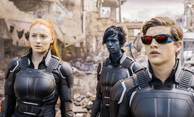 X-Men: Apocalypse mit Evan Peters, Sophie Turner und Tye Sheridan - Bild 37