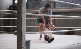 GLOW Staffel 1 mit Alison Brie - Bild 13
