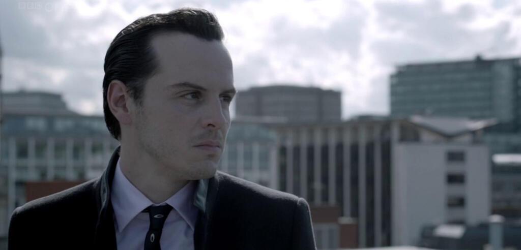 Andrew Scott als Moriarty in Sherlock