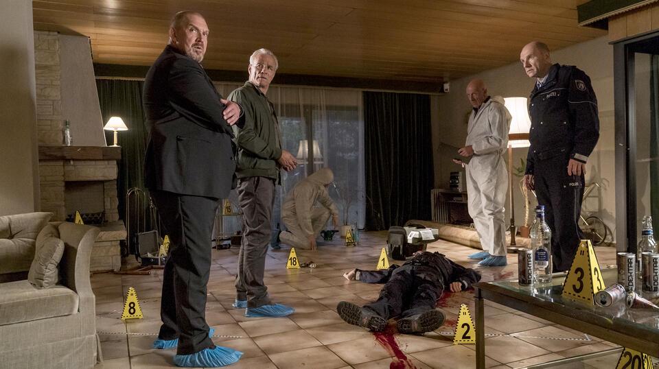 Tatort: Kaputt mit Dietmar Bär, Klaus J. Behrendt, Joe Bausch und Götz Schubert