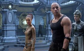 Riddick - Chroniken eines Kriegers mit Vin Diesel, Thandie Newton und Linus Roache - Bild 13