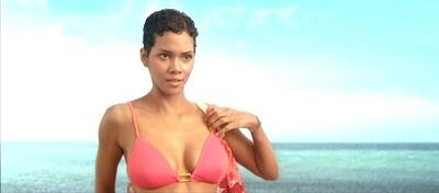 Halle Berry als Jinx in James Bond 007 - Stirb an einem anderen Tag