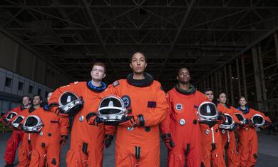 Space Force, Space Force - Staffel 1 mit Tawny Newsome und Owen Daniels - Bild 12
