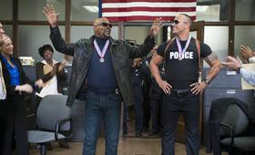 Die etwas anderen Cops mit Samuel L. Jackson und Dwayne Johnson - Bild 14