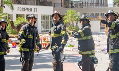 9-1-1: Notruf L.A., 9-1-1: Notruf L.A. - Staffel 5 - Bild 1