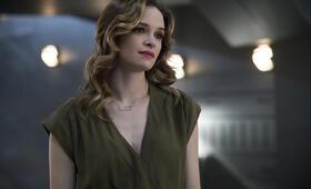 The Flash - Staffel 4 mit Danielle Panabaker - Bild 3