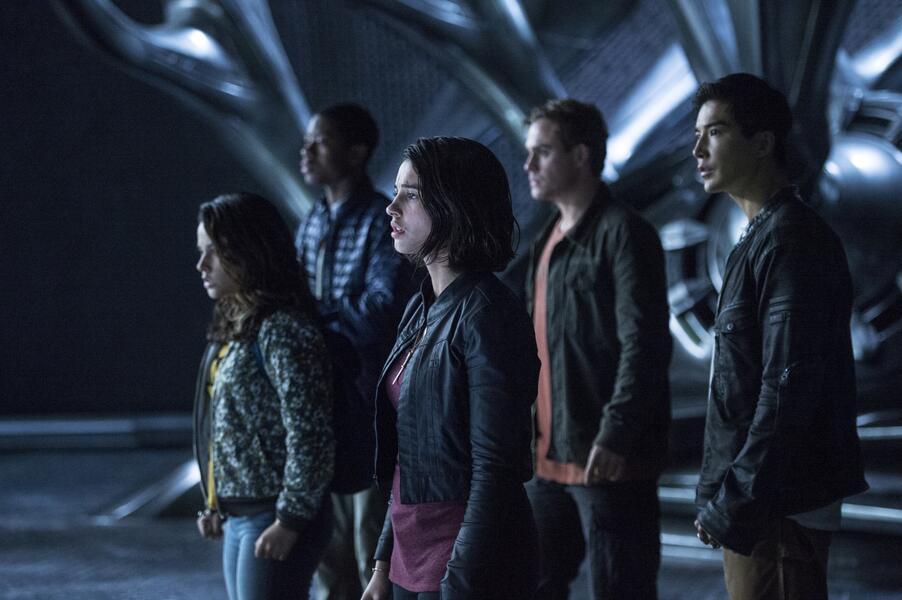 Power Rangers mit Naomi Scott, RJ Cyler, Becky G., Ludi Lin und Dacre Montgomery