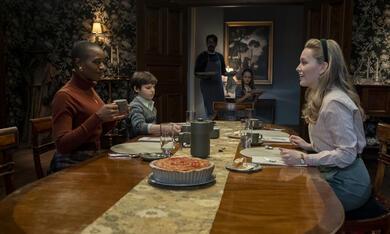 Spuk in Bly Manor, Spuk in Bly Manor - Staffel 1 mit Victoria Pedretti und T'Nia Miller - Bild 10