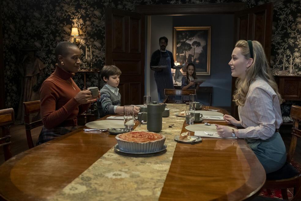 Spuk in Bly Manor, Spuk in Bly Manor - Staffel 1 mit Victoria Pedretti und T'Nia Miller