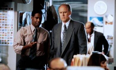 Die Akte mit Denzel Washington und John Lithgow - Bild 7