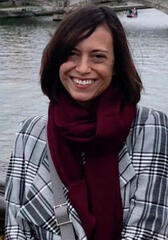 Lauren Schmidt Hissrich