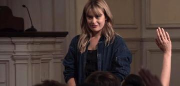 Rachel Keller als Cassandra in The Society