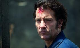Clive Owen in Blood Ties - Bild 98