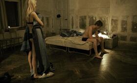 Die Wahrheit über Männer - Eine anti-romantische Komödie - Bild 2
