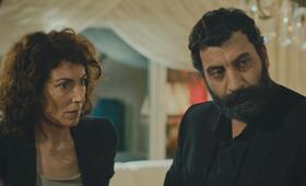 İki Gözüm Ahmet mit Yelda Reynaud und Ozgur Tuzer - Bild 5